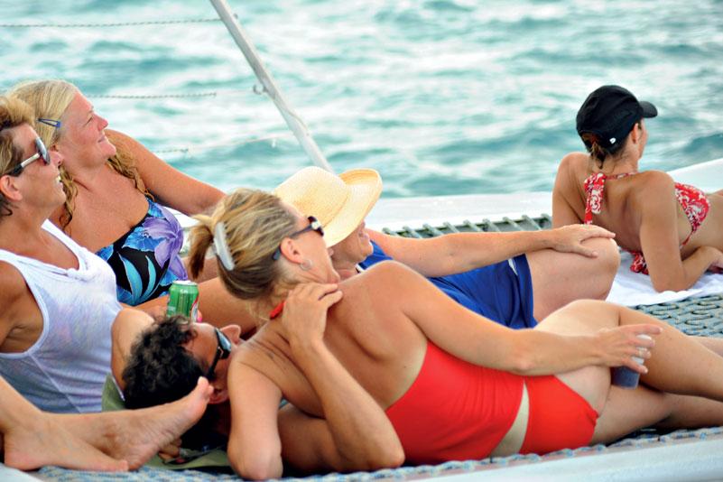 Anguila Catamaran Aqua Mania