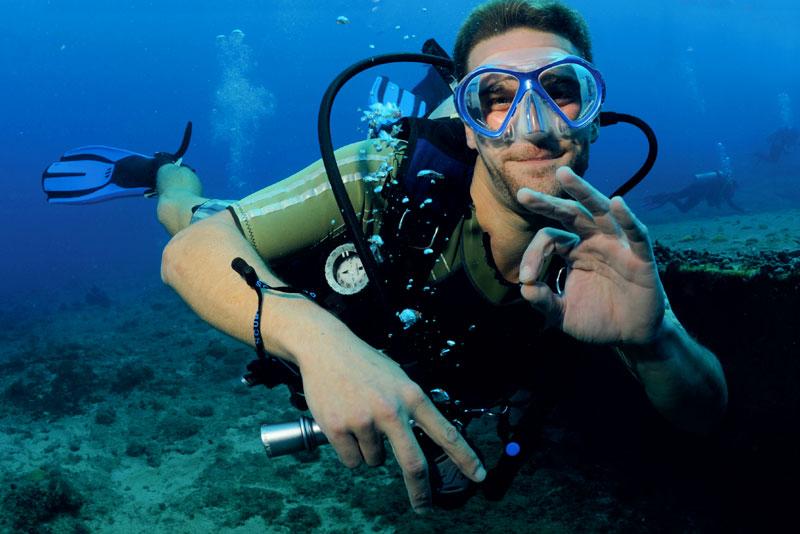 Scuba Diving Aqua Mania