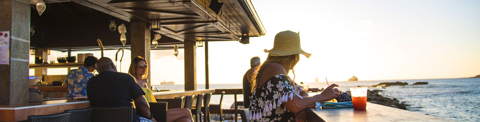 Coco Beach Bar - Our recommendations at Simpson Bay Resort, Marina & Spa