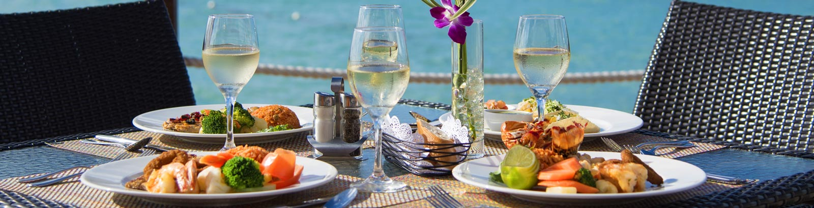 Emilios restaurant Sint Maarten - Our recommendations at Simpson Bay Resort, Marina & Spa