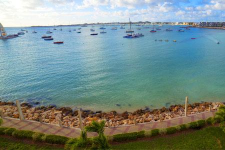 Island hopping Simpson Bay Resort, Marina & Spa